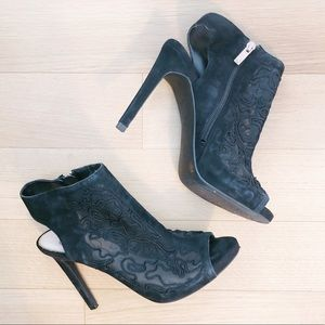 Jessica Simpson Nynette lace heels 🖤 size 7.5